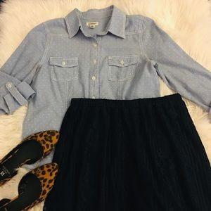Lace | Navy | midi skirt | like new
